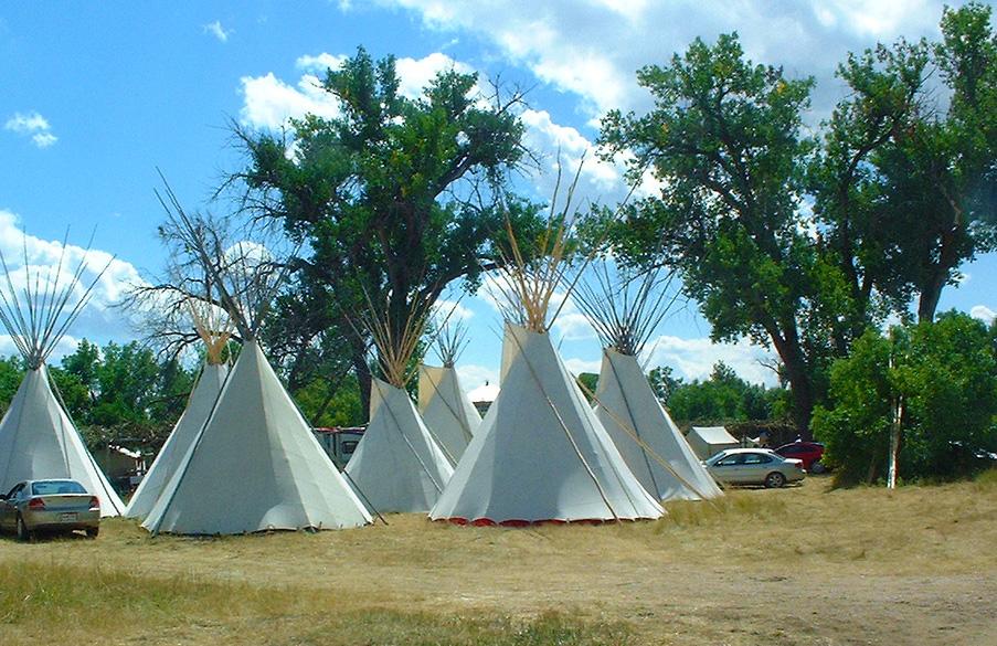 Einrichten von Tipi-Camp