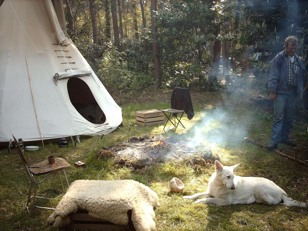 Wildes Campen in der Natur