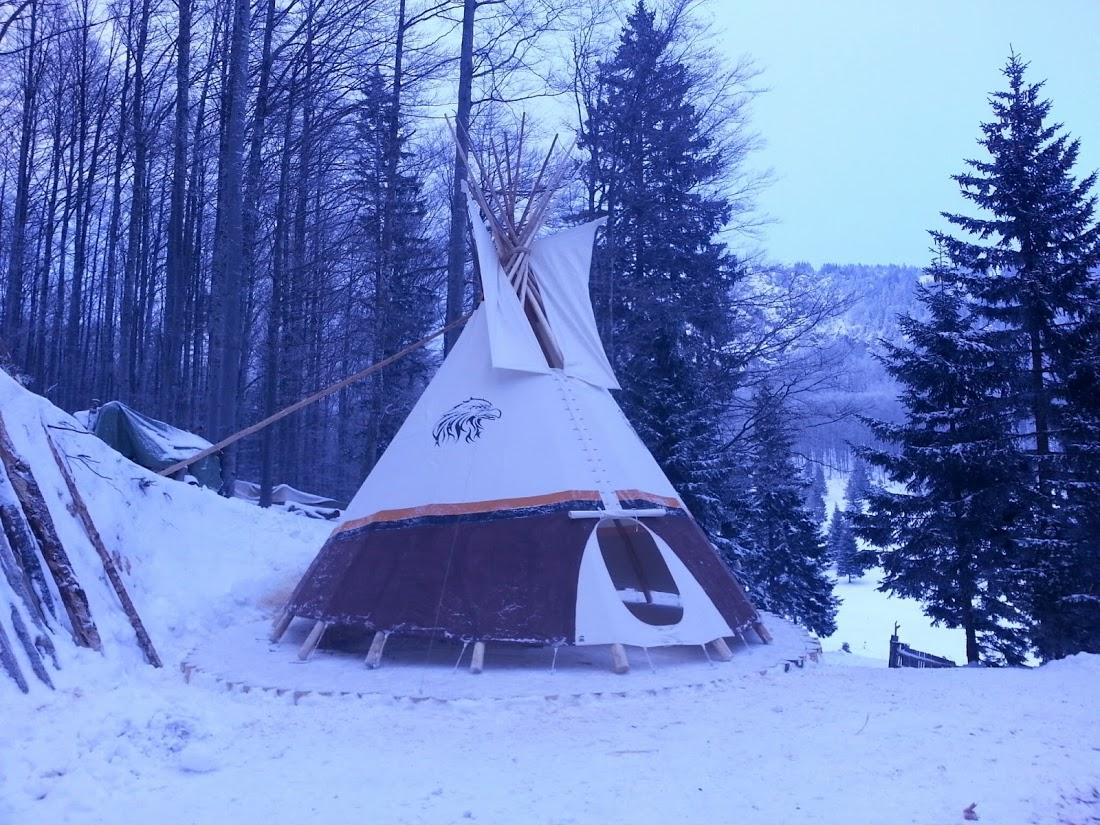 Tipi Zelt auf 1600 m Höhe