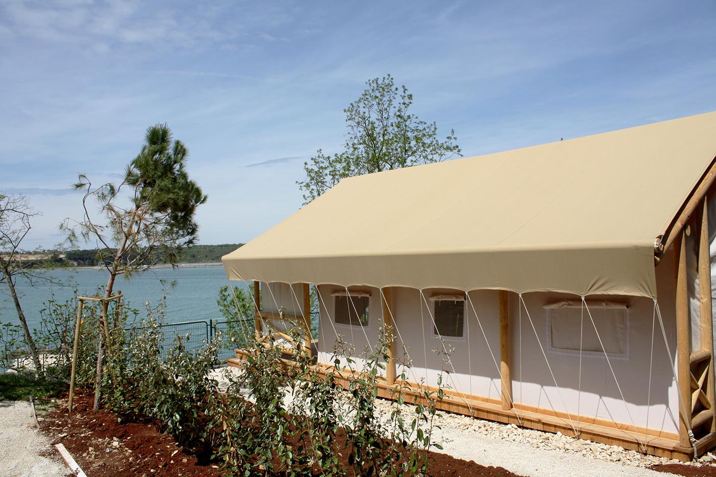 BIGHEAD.Tents-1