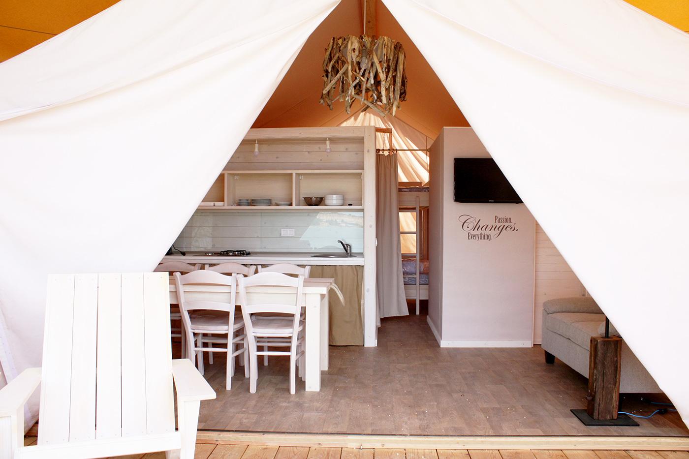 BIGHEAD.Tents-7